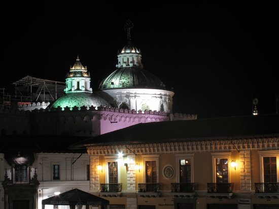 Quito Old Town: Cúpulas de La Compañia