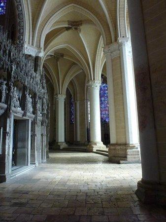 Cathédrale de Chartres : Side of the Choir near South Transcept