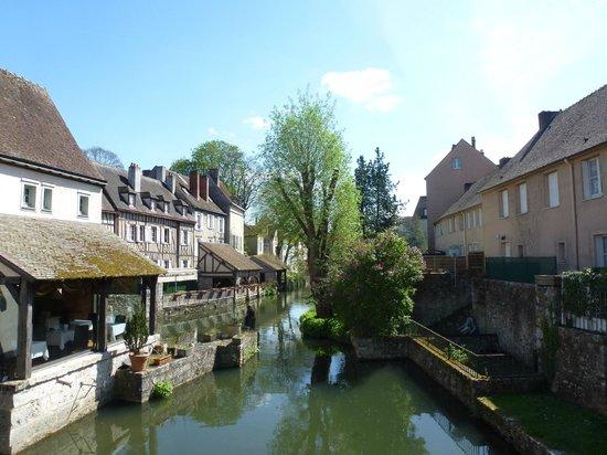 Cathédrale de Chartres : Chartres Old Town