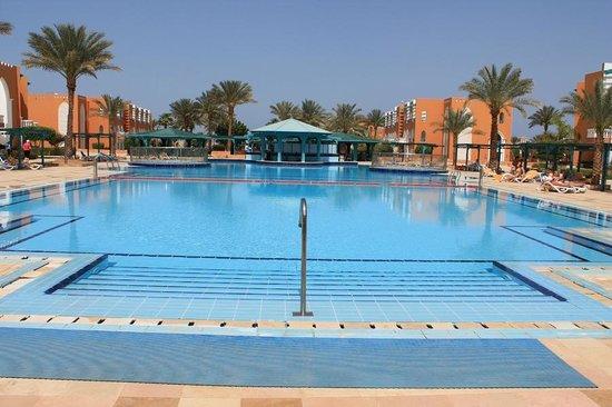 Sunrise Select Garden Beach Resort & Spa : .