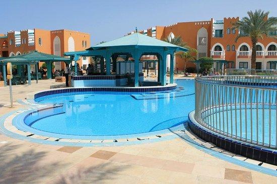 SUNRISE Garden Beach Resort -Select-: .