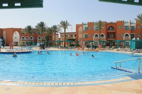 SUNRISE Garden Beach Resort -Select-: active-pool