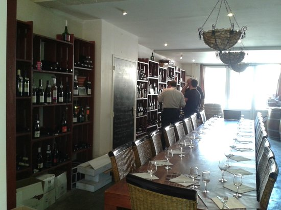 Le Pichenouille : salle a manger