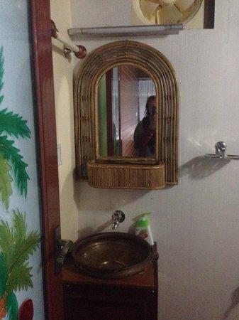 Arthunkal Beach Villa - Homestay: Design Bathroom