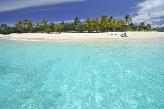 Privateer Charters: Sandy Cay, BVI
