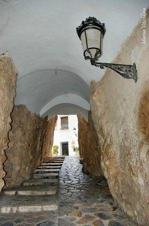 Valle del Guadalest: Проход в скале
