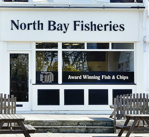 North Bay Fisheries Scarborough: North Bay Fisheries shop front