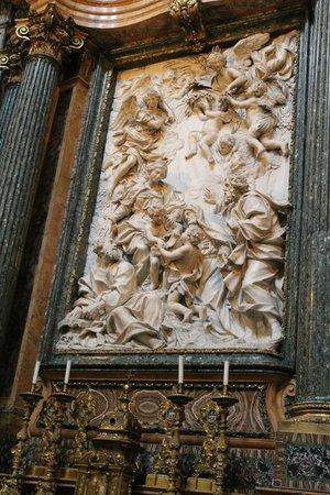 Piazza Navona : particolare dell'interno della chiesa