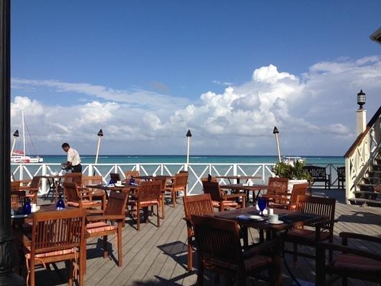 Sandals Montego Bay: Bayside restaurant