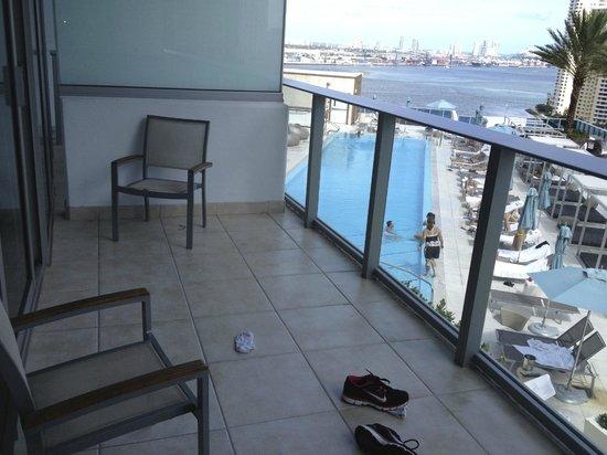Kimpton EPIC Hotel: HUGE balcony
