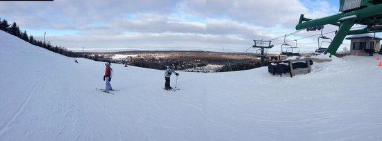 Blue Mountain Ski Resort: blue mountains feb 2014