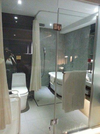 W5 Best Hotel : room602