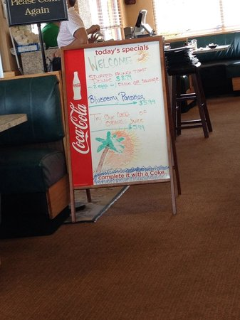 Paradise Pancake & Omelet House : Specials board