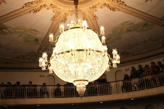 Teatro São Pedro: Lustre principal