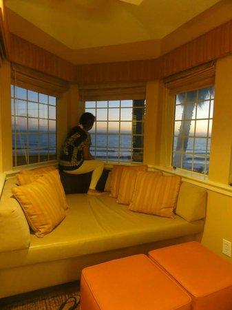 SeaCrest OceanFront Hotel: taking in the sunset