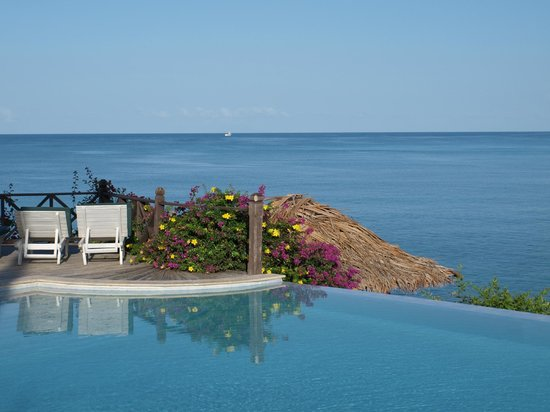 Cocobay Resort: View from Affinity Pool