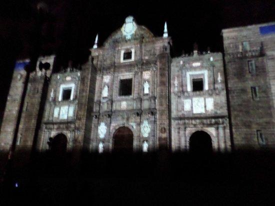 Zocalo : Proyeccion de mosaicos en la Catedral