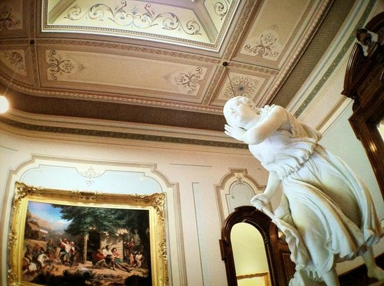 Crocker Art Museum : Different sections of the museum