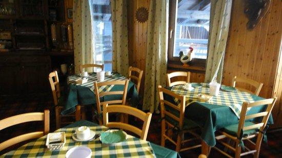Il Meuble Furggen: breakfast room