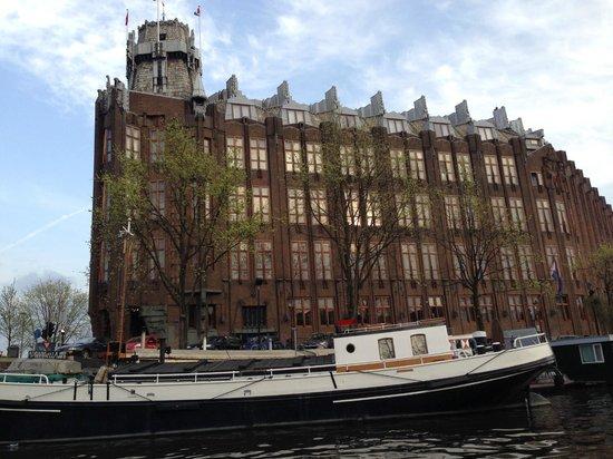 Grand Hotel Amrath Amsterdam : Lado direito