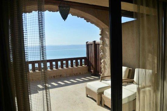 Movenpick Resort & Spa Dead Sea: View of Dead Sea from room