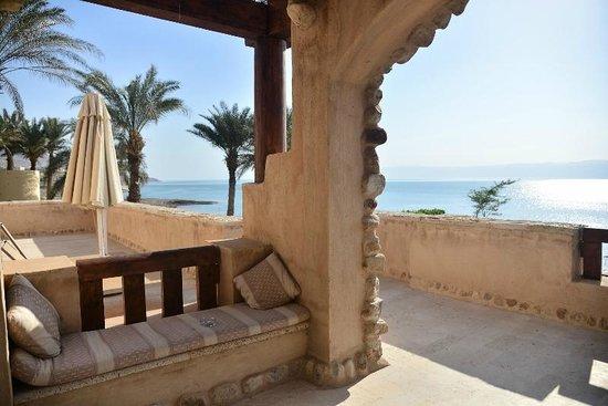 Movenpick Resort & Spa Dead Sea: Terrace