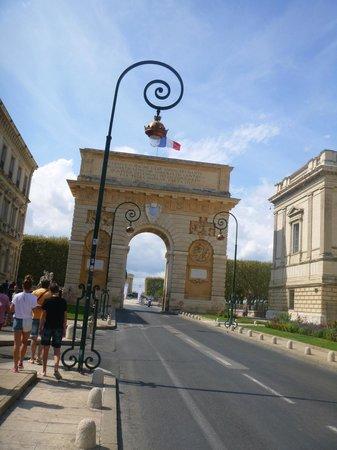 Porte du Peyrou
