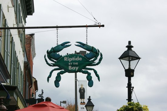Fell's Point : Crabs Baltimore Style!  Tip, don't lick your lips or touch them with your fingers.