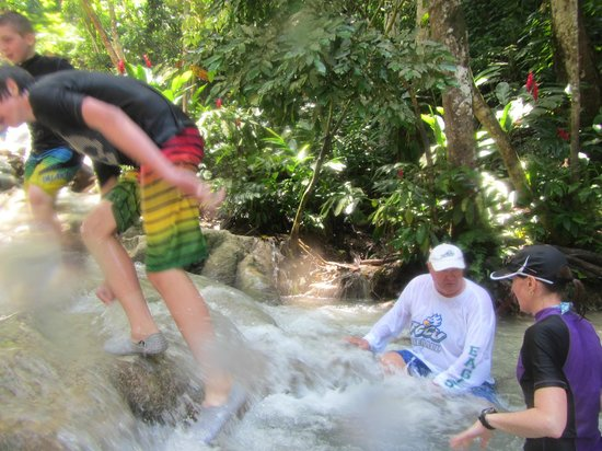 Dunn's River Falls and Park : Hiking the Falls 1