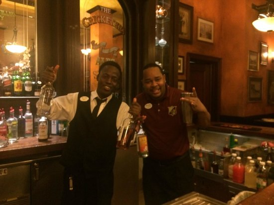 Beaches Turks & Caicos Resort Villages & Spa: Fun bartenders at Cricketers Pub
