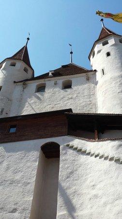 Schloss THUN: Aussenansicht