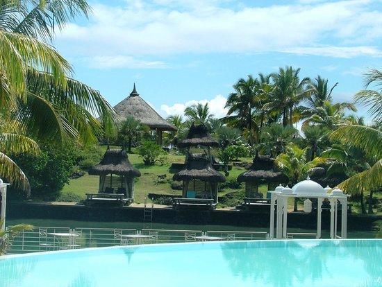 Paradise Cove Boutique Hotel: Cabanas