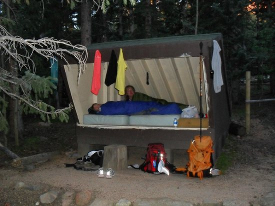 Pikes Peak: Lean-to at Barr Camp