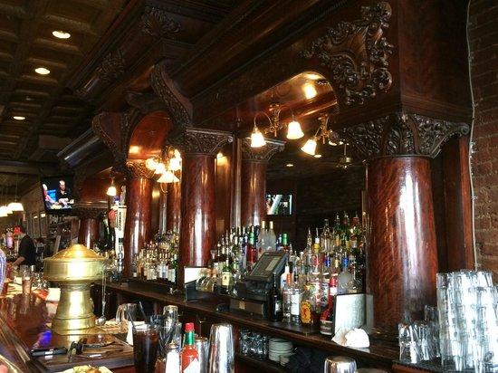 J Paul's: Old Bar