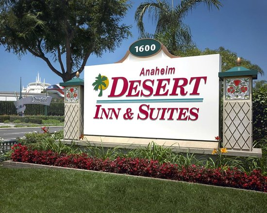 ‪Anaheim Desert Inn and Suites‬