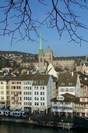 Old Town (Altstadt) : niederdorf mit limmatquai