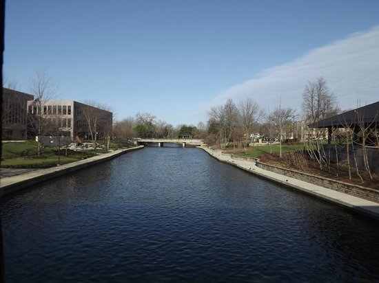 Riverwalk: DuPage River near Naperville City Hall