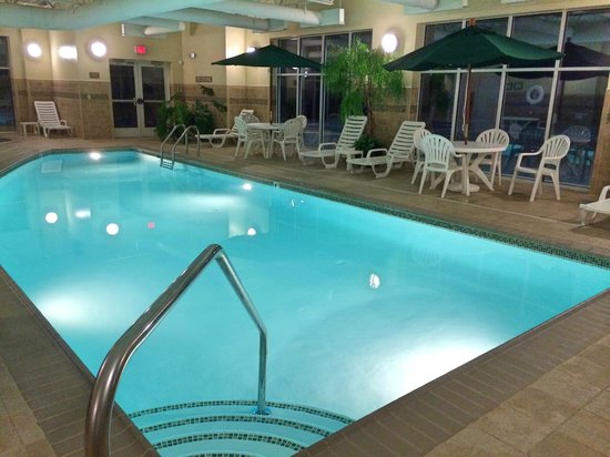 Country Inn & Suites By Carlson, State College (Penn State Area): Pool