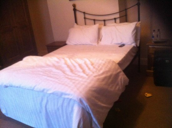 The Bacon Arms: Bed