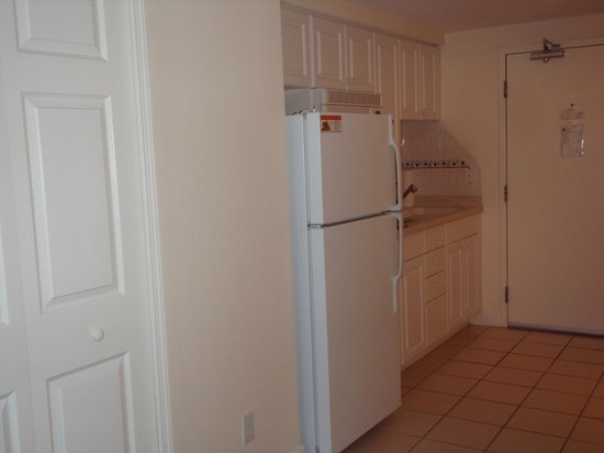 Daytona Beach Resort and Conference Center: kitchenette