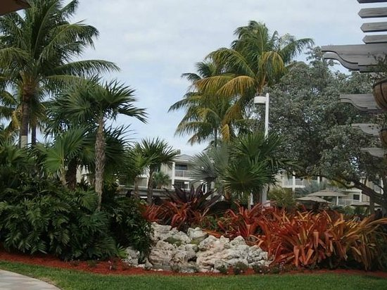 Hyatt Residence Club Key West, Windward Pointe: Immaculate grounds