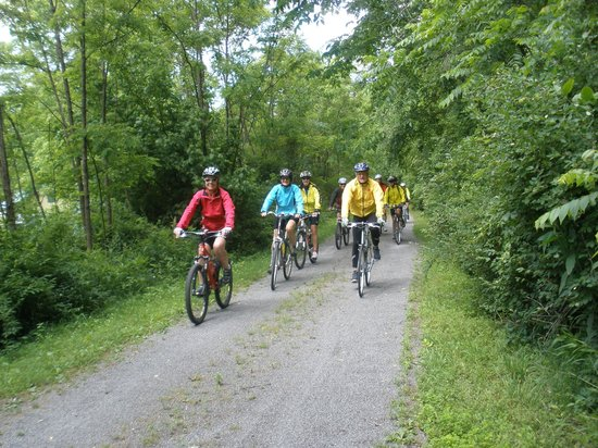 Greenbrier River Trail: easy pedaling all the way