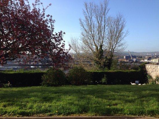 Gabriel House B&B: Blick von der Terrasse aus