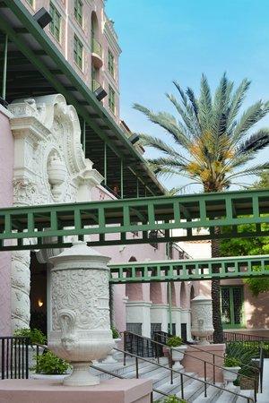 The Vinoy Renaissance St. Petersburg Resort & Golf Club : Front Entrance