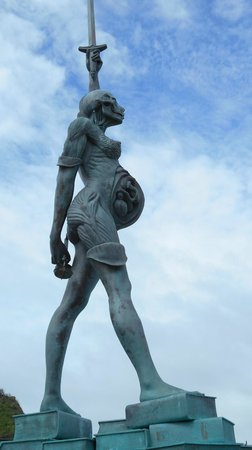Verity Statue : Verity
