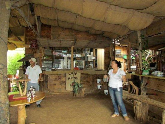 El Toledo Coffee Tour: Gabriel & Yvette, simply wonderful folks!  And friends