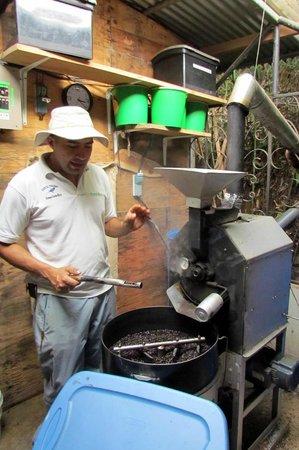 El Toledo Coffee Tour: Roasting El Toledo Finest - Very Personally done.