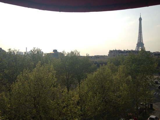Derby Eiffel Hotel: View from the room