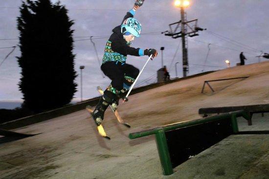 Swadlincote Ski and Snowboard Centre: Free style at Swadlincote