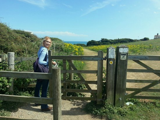 Seven Sisters Country Park: Gate right before cliffs
